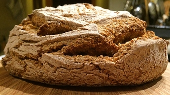 10_BDM%20bread%20side4