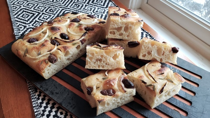 Sourdough Focaccia (Yeast Version too) - Recipes